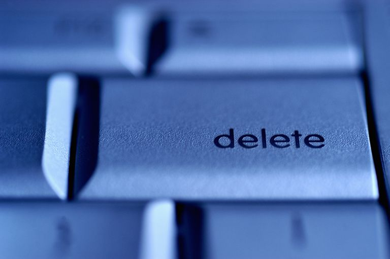 Delete button on keyboard, close-up (Digital Enhancement)