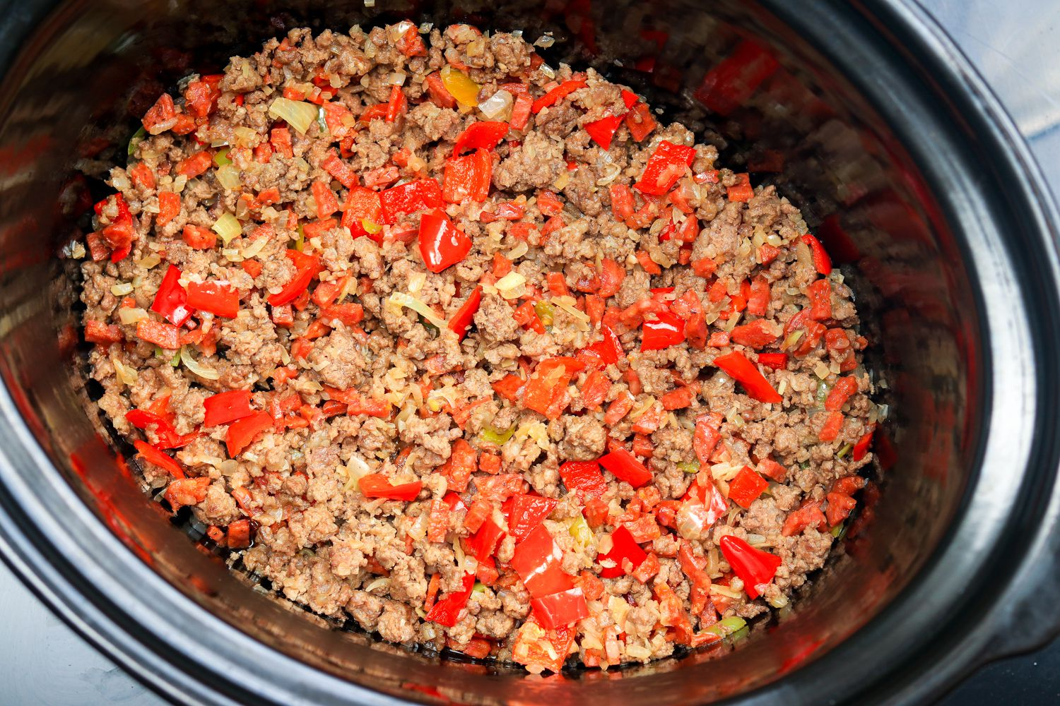 Slow Cooker Ground Beef And Sausage Chili Recipe