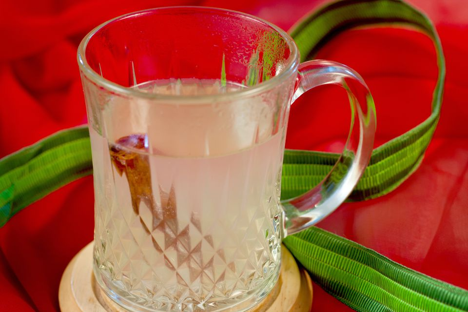 Christmas Mule, A Hot Cocktail of Pear Vodka and Ginger Beer