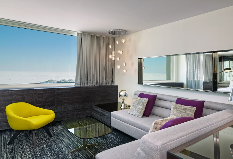 10 Hotel Rooms With The Best Views In Chicago