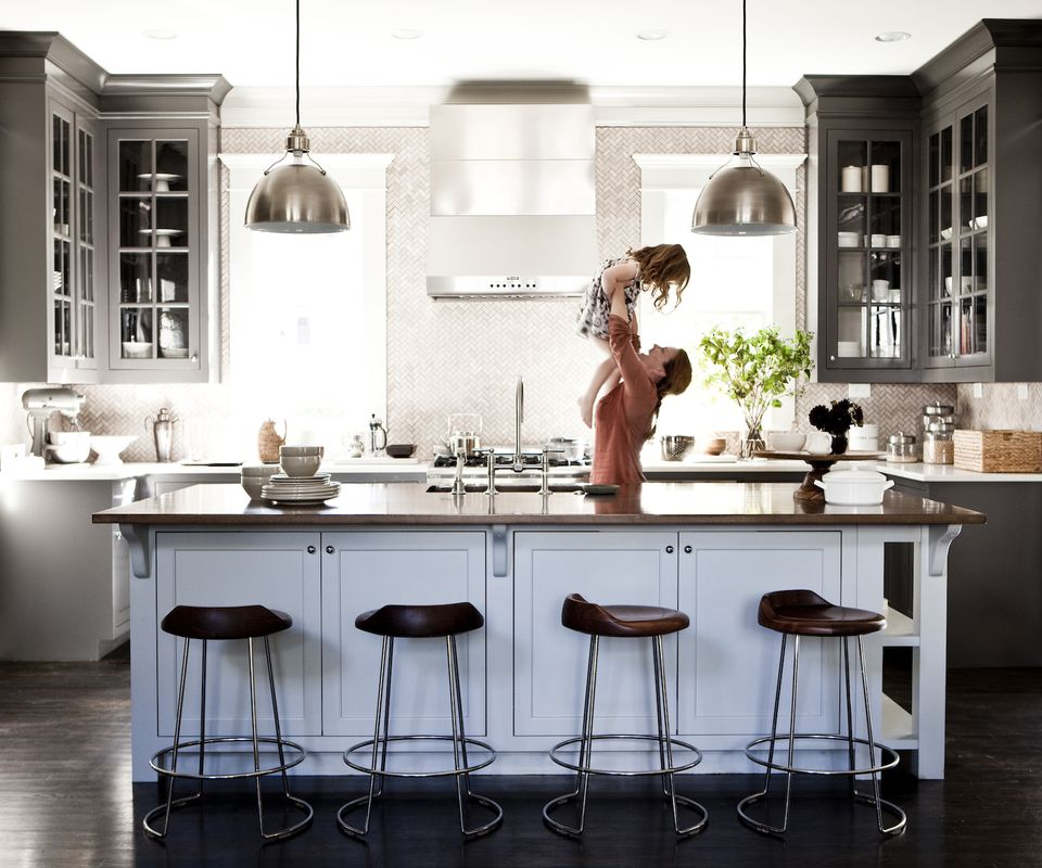 9 Vital Elements To Include In Your Farmhouse Kitchen: 9 Feng Shui Kitchen Tips