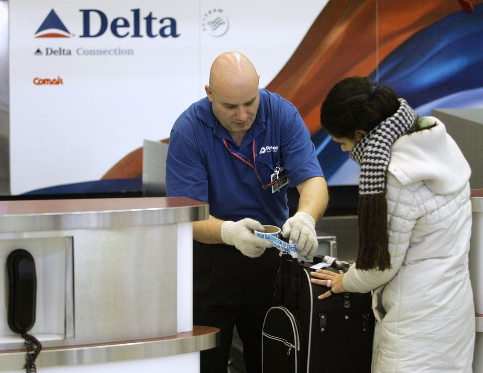 Airlines have established policies for helping passengers whose bags have been damaged.