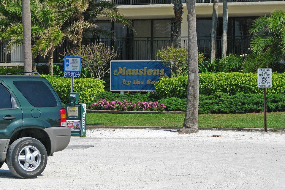 Sunset Beach parking lot