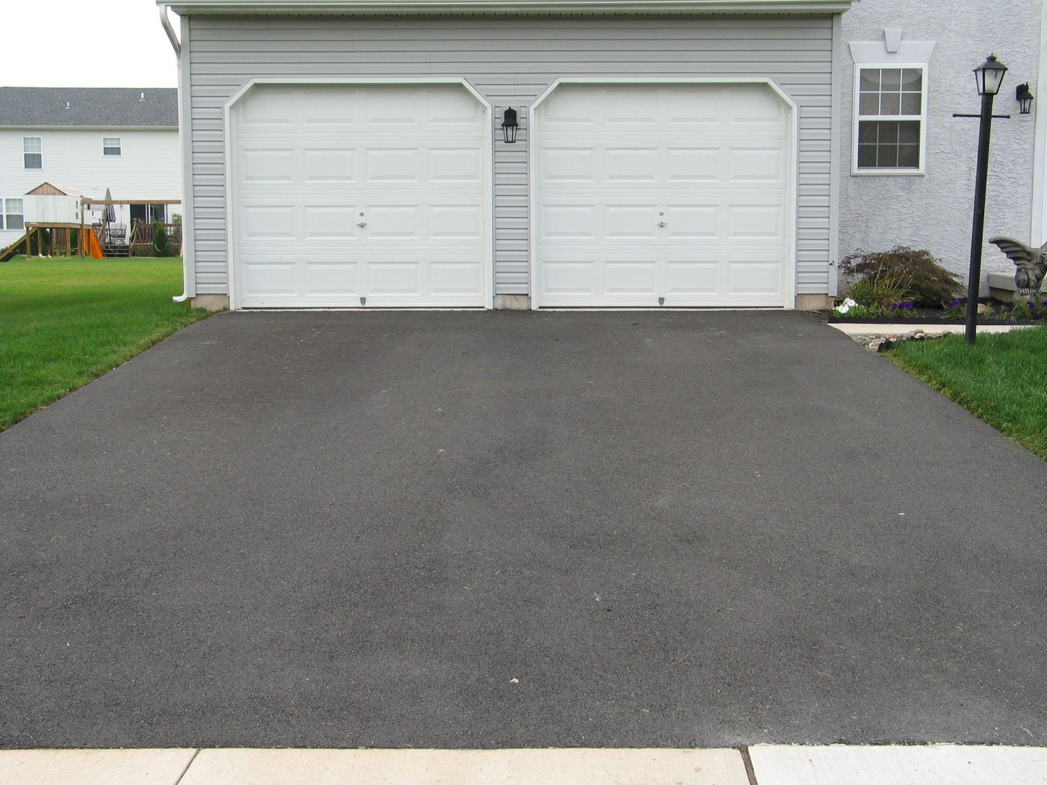 Hyperseal Rubber Driveway Coating