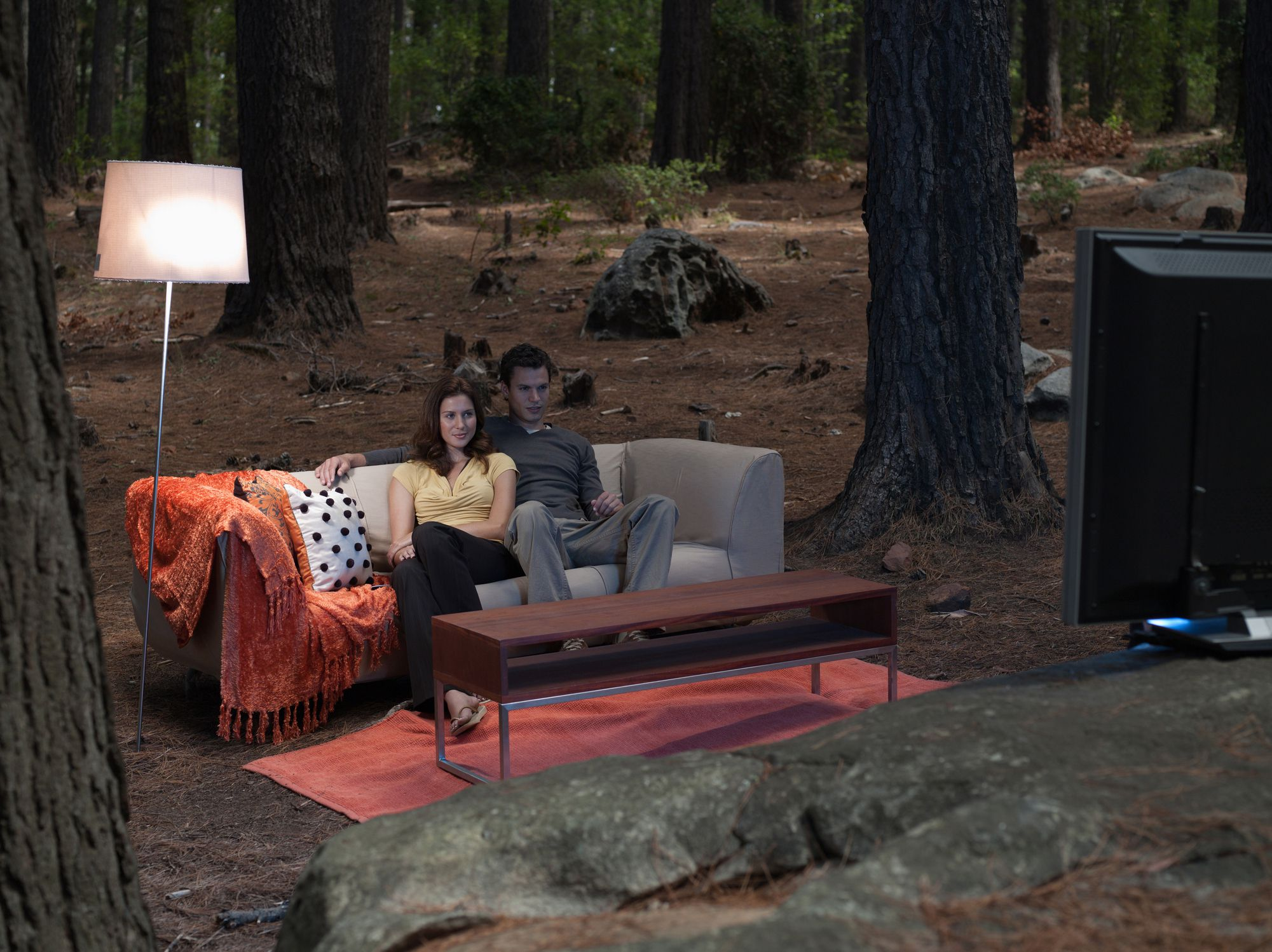 how to experience home theater outdoors