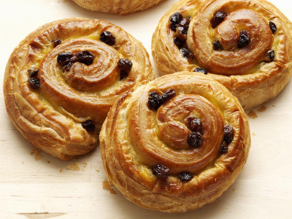 pains-aux-raisins