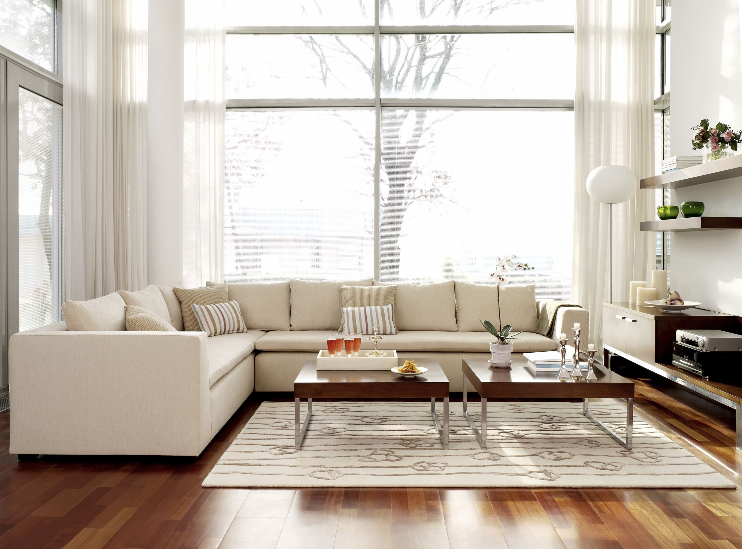 How to use empty space in arranging furniture - Arranging furniture in small spaces concept ...