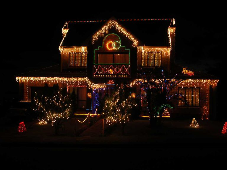 Outdoor Holiday Lights And Your Home - Christmas Light Design