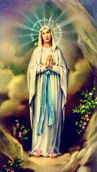 Nuestra Señora de Lourdes con el rosario