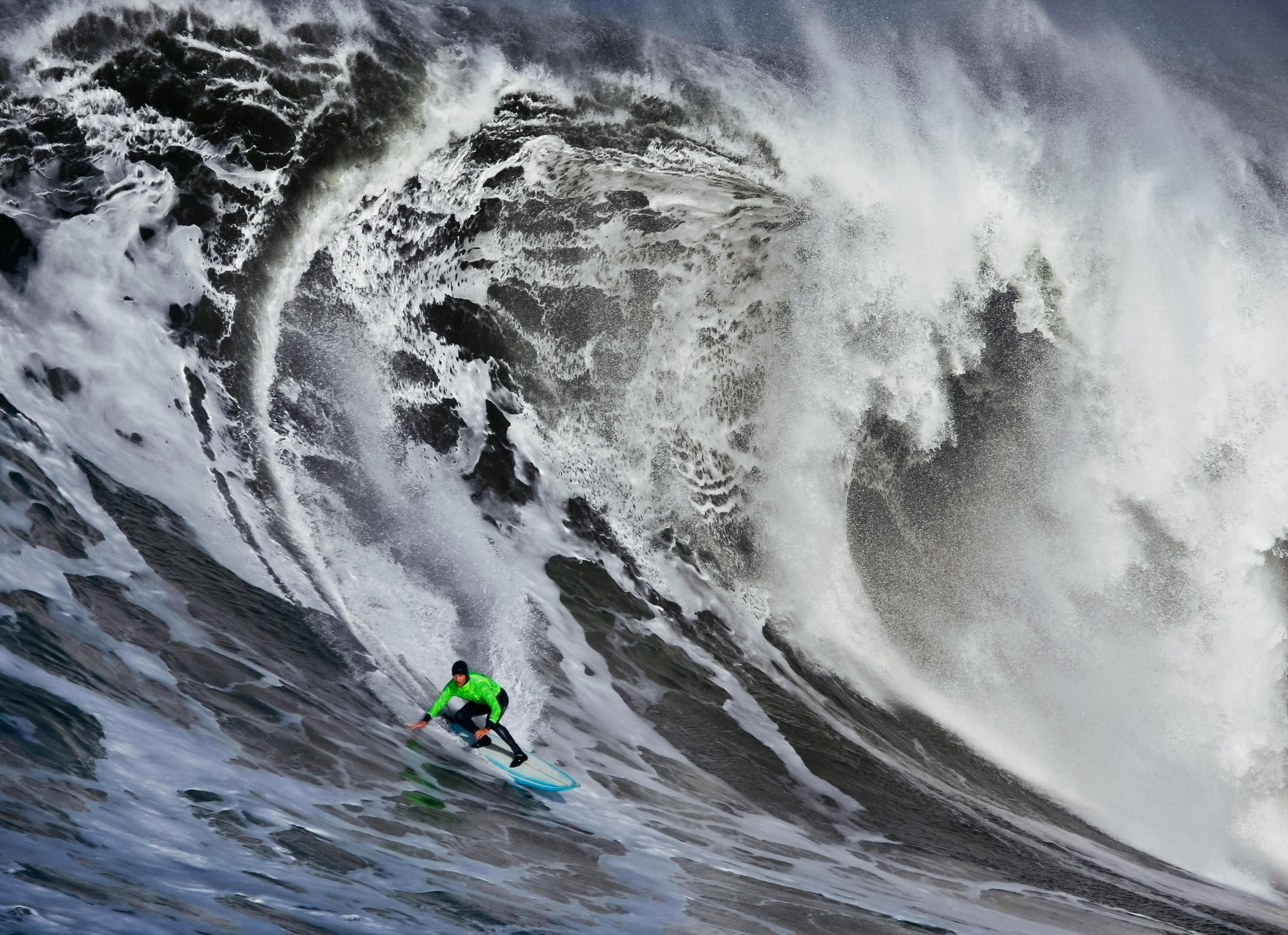 How Much Money Does A Pro Surfer Make
