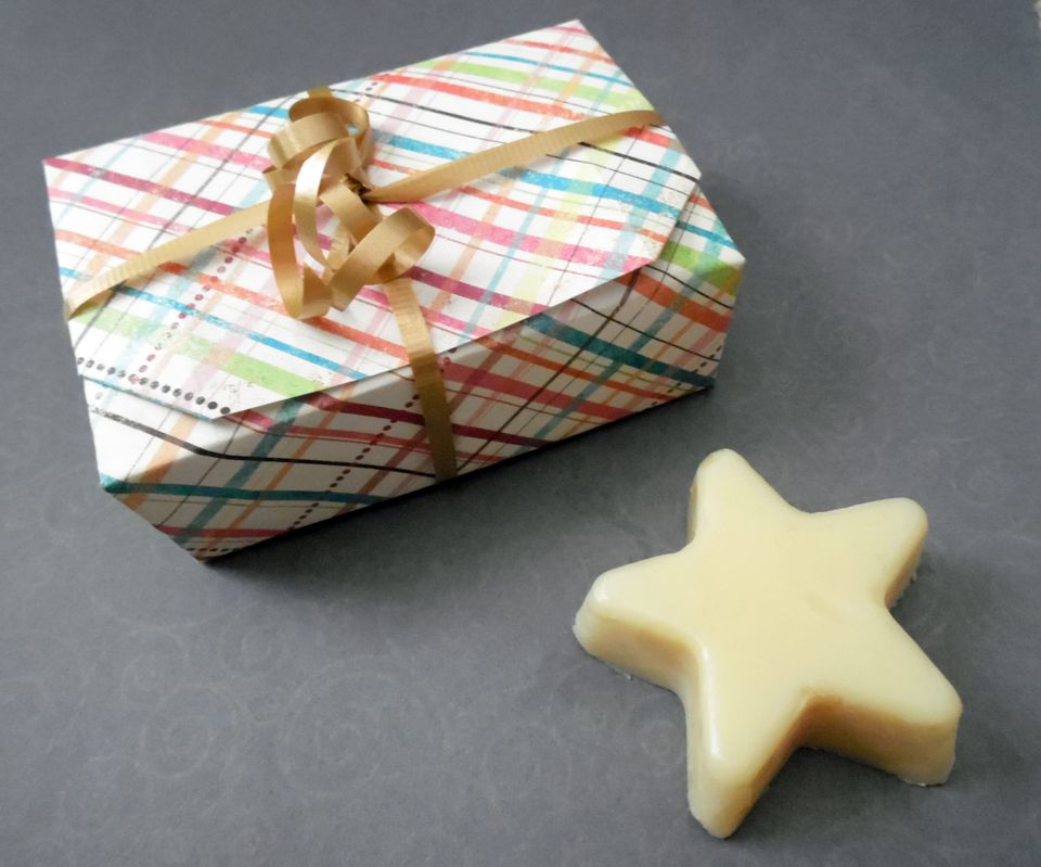 self-closing-origami-box-08.JPG