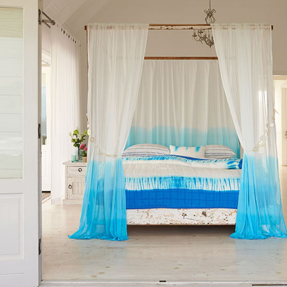 Bed Canopy No Nails : Gorgeous beach bedroom decor ideas