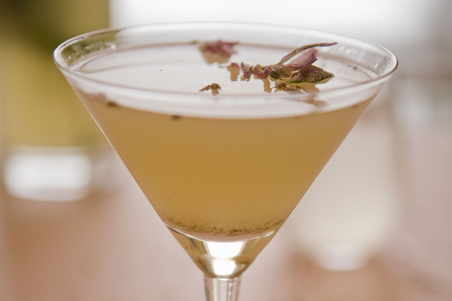 Easy gin and lavender martini recipe for Best gin for martini recipes