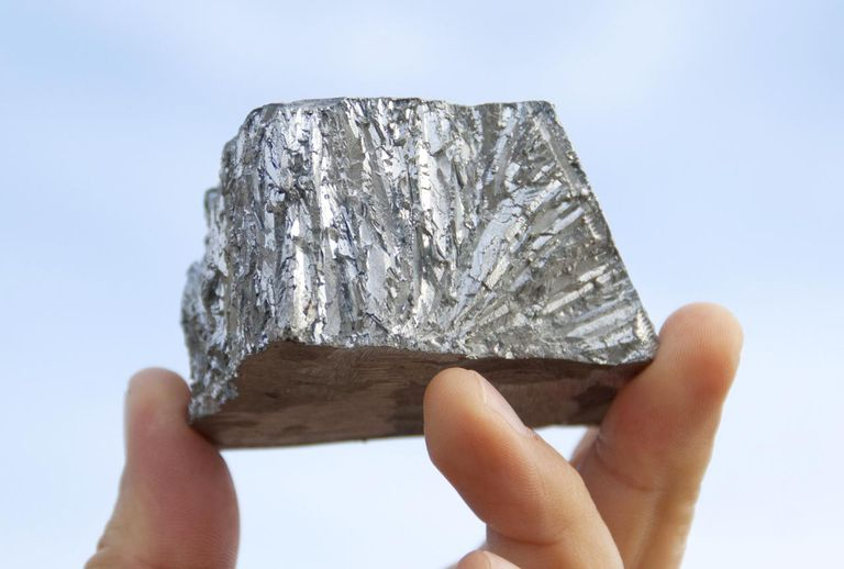 Pure zinc metal