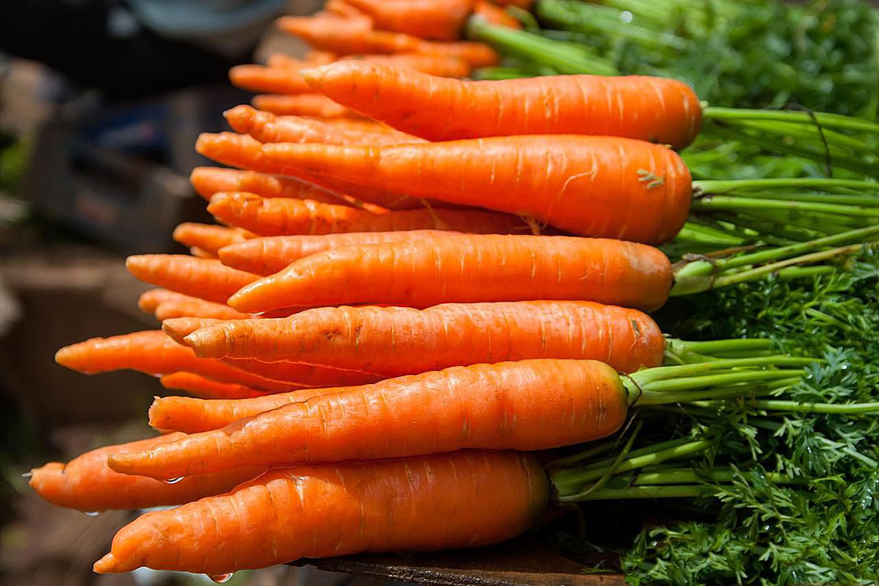 3 Easy Ways To Steam Carrots