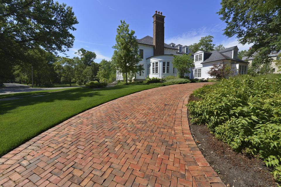 the basics of a brick paver driveway