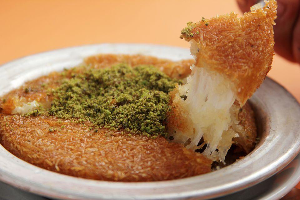 Turkish künefe dessert
