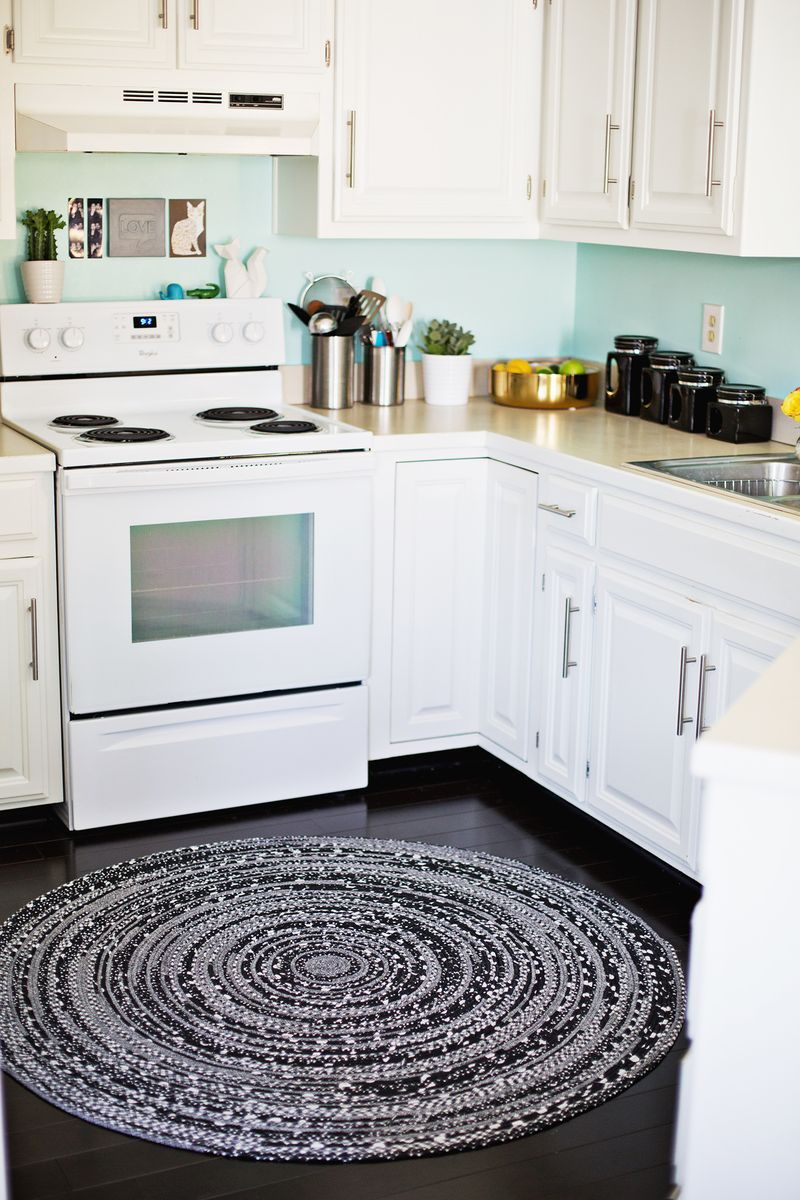DIY Kitchen Rug