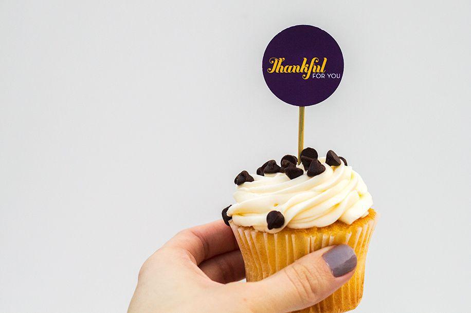 DIY Thanksgiving Cupcake Toppers