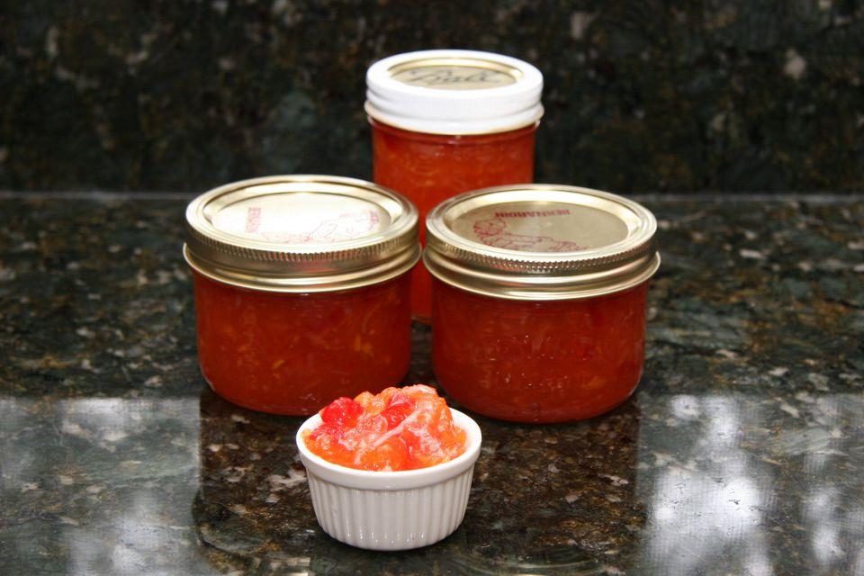 pepper jelly in jars