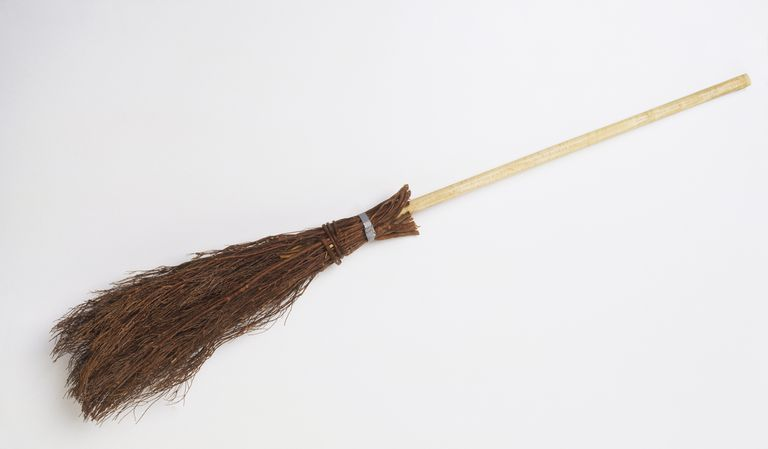 broomstick - Jonathan Swift