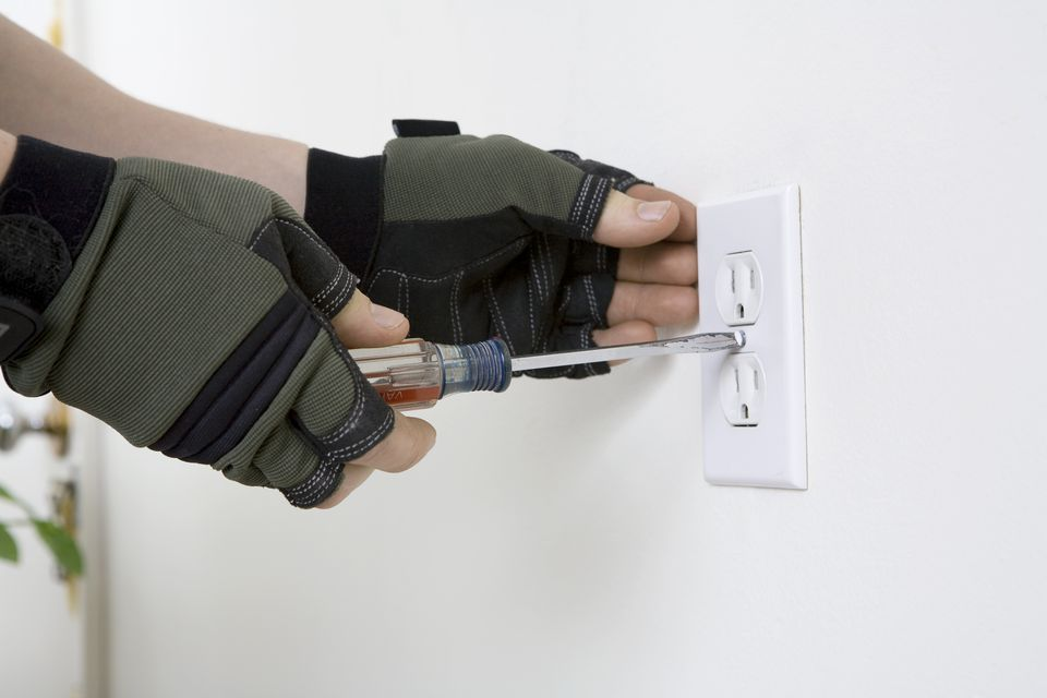 Remove Electrical Outlet Face Place