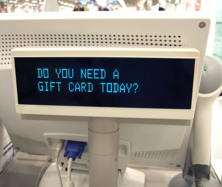 Don't Give Or Get These 5 Worst Retail Gift Cards