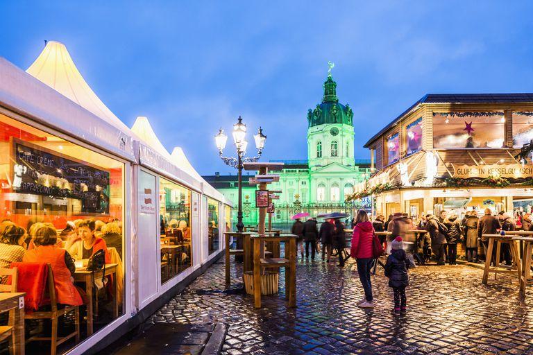 Christmas market at Schloss Charlottenburg