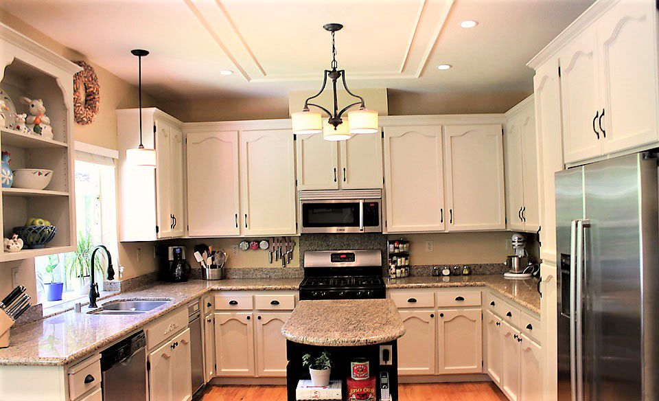 ideas for painting old kitchen cabinets painted kitchen cabinet ideas 8963