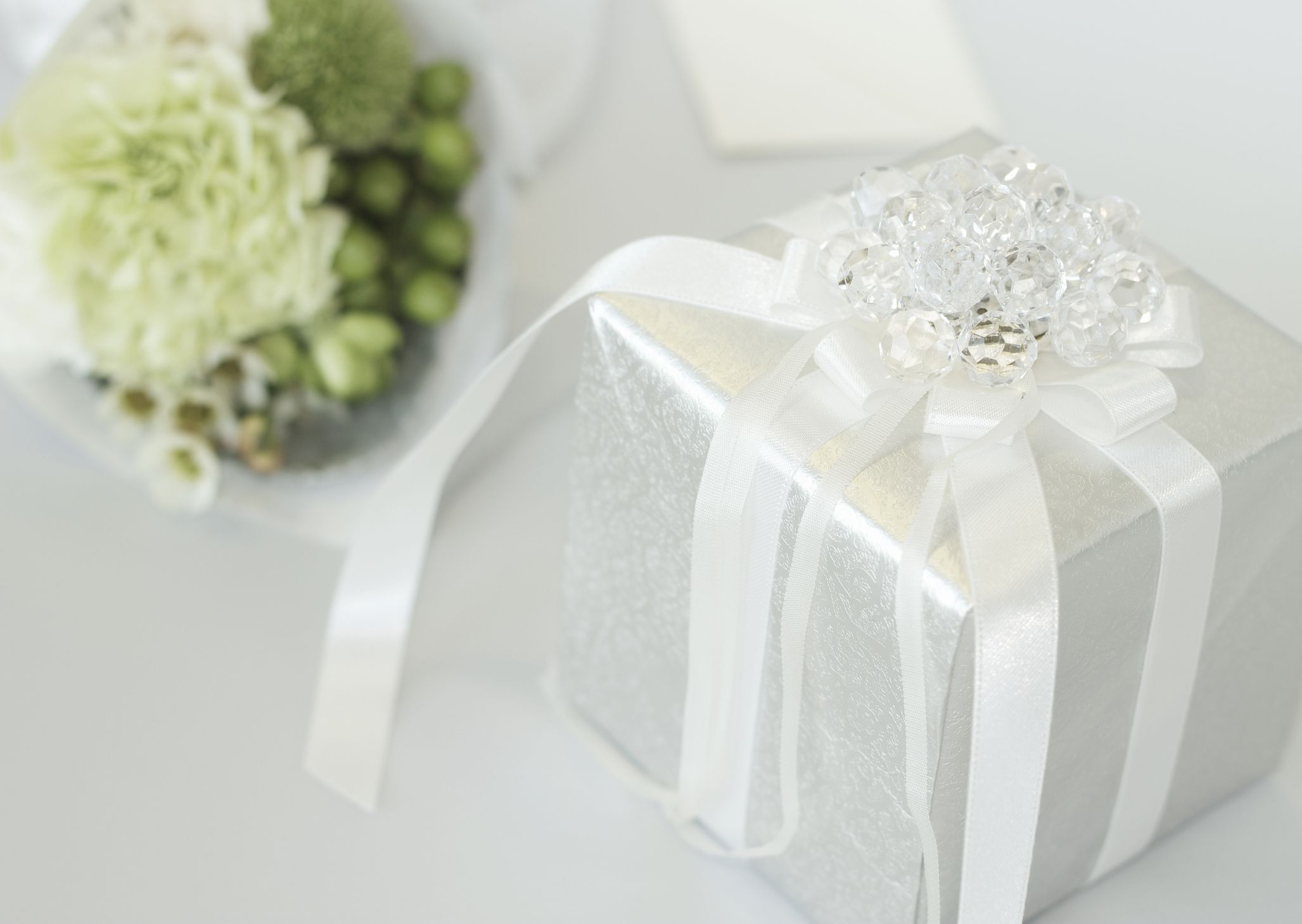 Wedding Gifts For Second Marriages Etiquette: Creative And Personal Wedding Gift Ideas