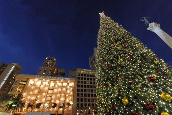 San Francisco's Union Square at Christmas: Photo Tour