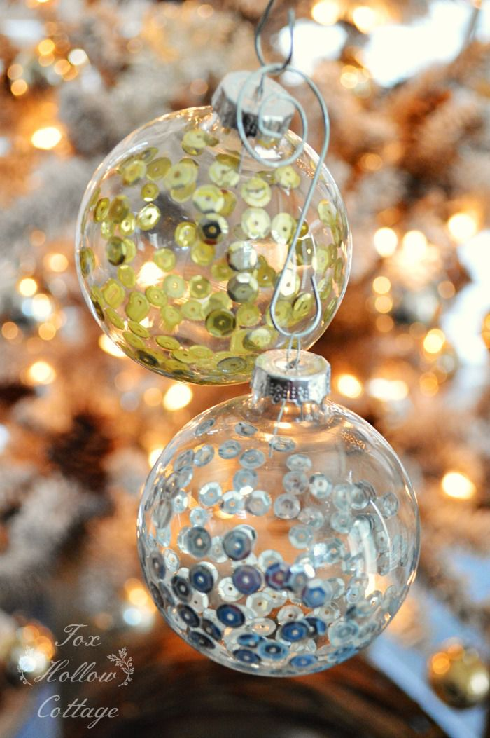 10 ways to fill a clear glass christmas ornament how to fill clear glass ornaments with sequins solutioingenieria Image collections