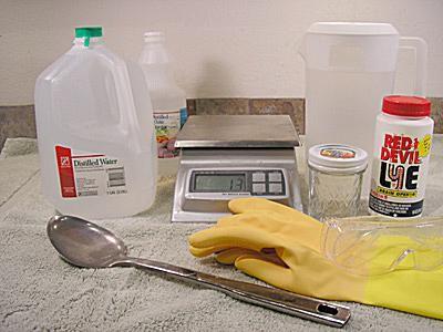 The ingredients to make lye-water