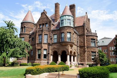 Is My House Romanesque Revival