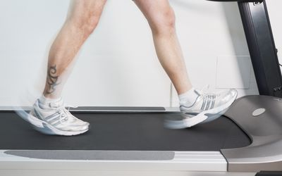 how to lose weight fast by walking on treadmill
