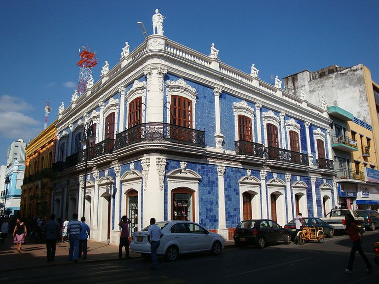 10 atractivos tur sticos de villahermosa for Casa de los azulejos sanborns df