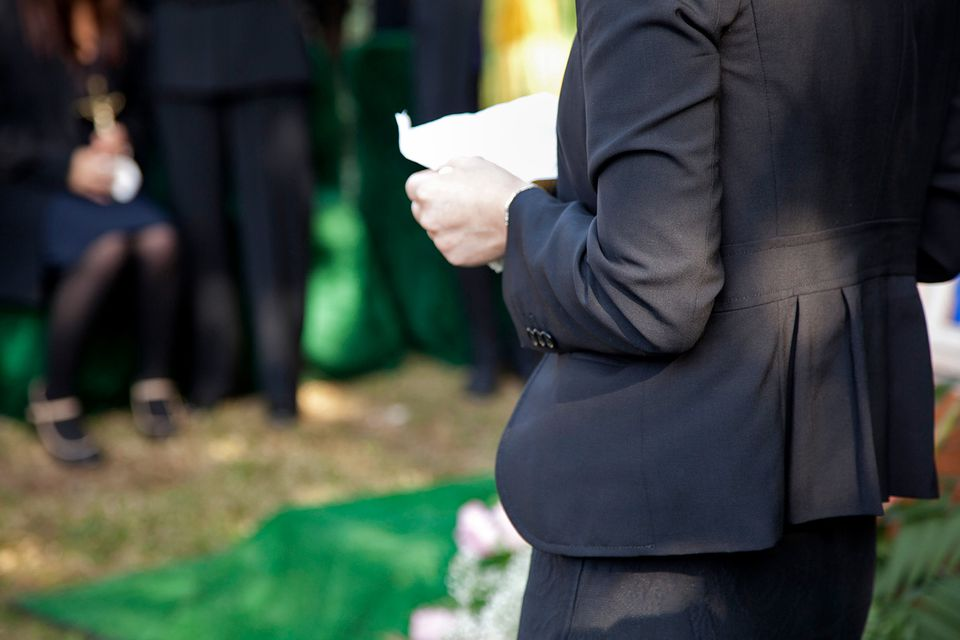 woman reading eulogy