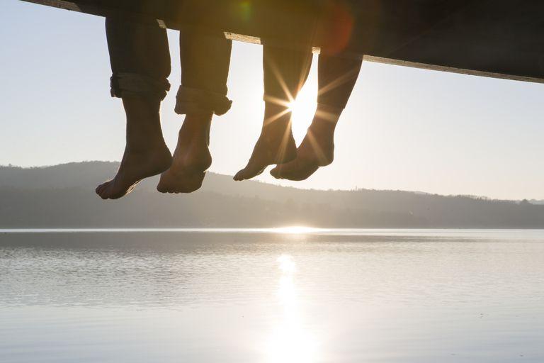 friends-dock-feet.jpg