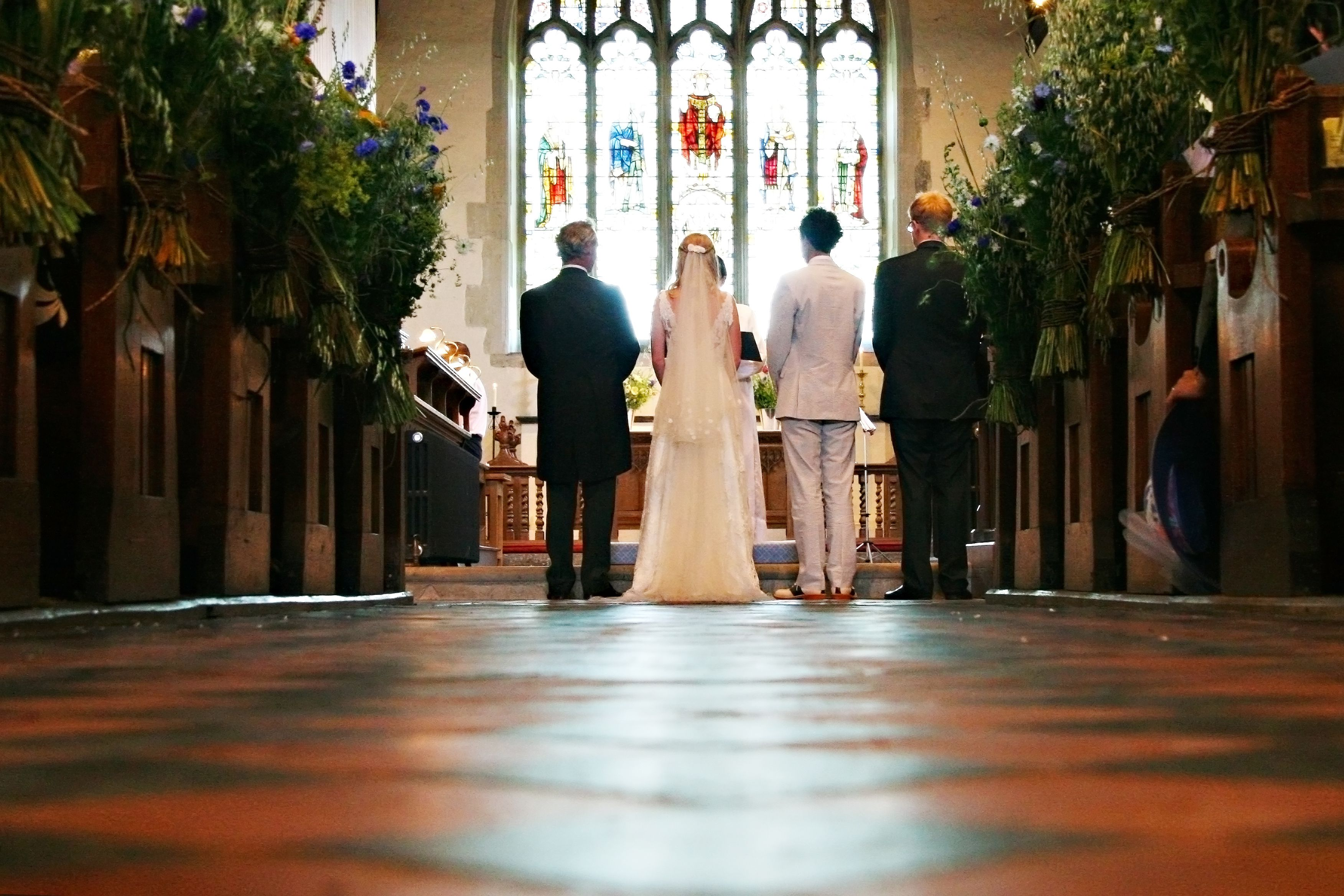 Christian wedding symbols the meaning behind the traditions 4 ways to conduct the call to worship in a christian wedding biocorpaavc