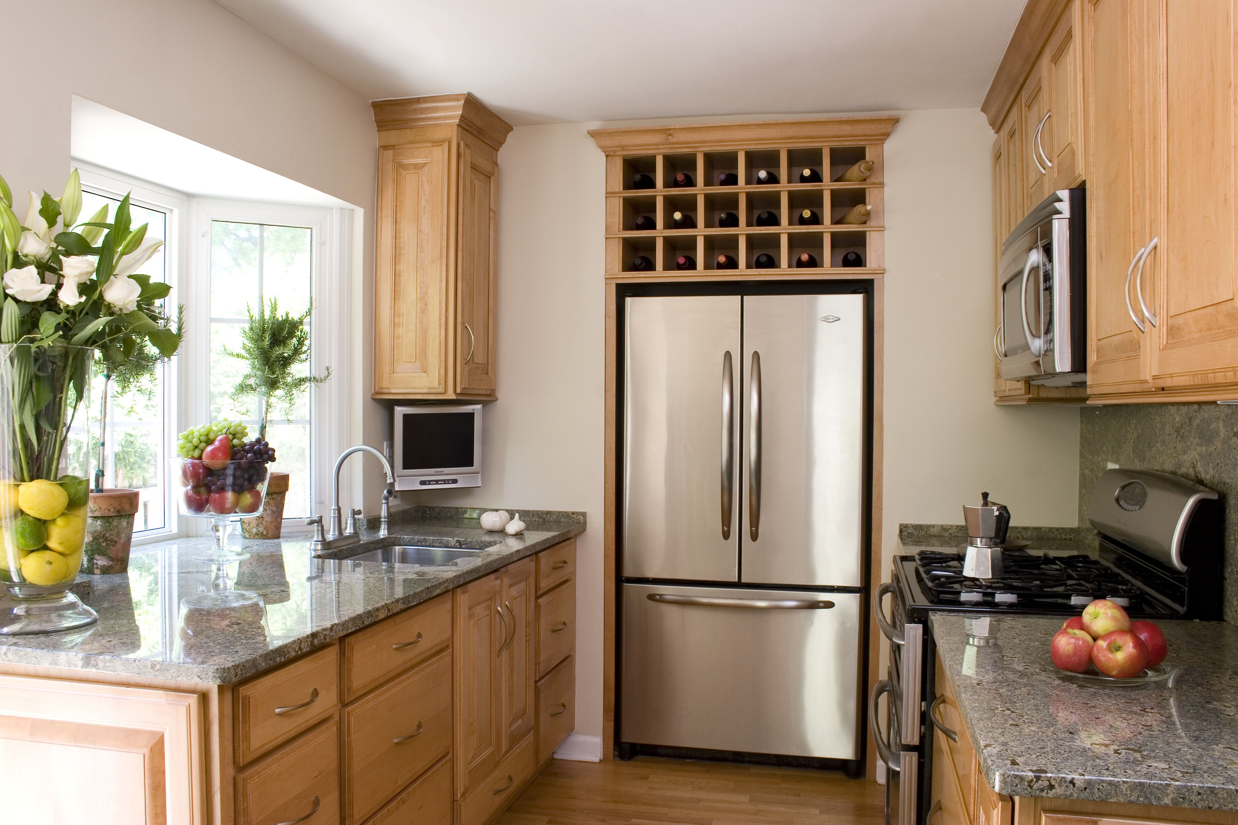 A small house tour smart small kitchen design ideas for Simple small kitchen design pictures