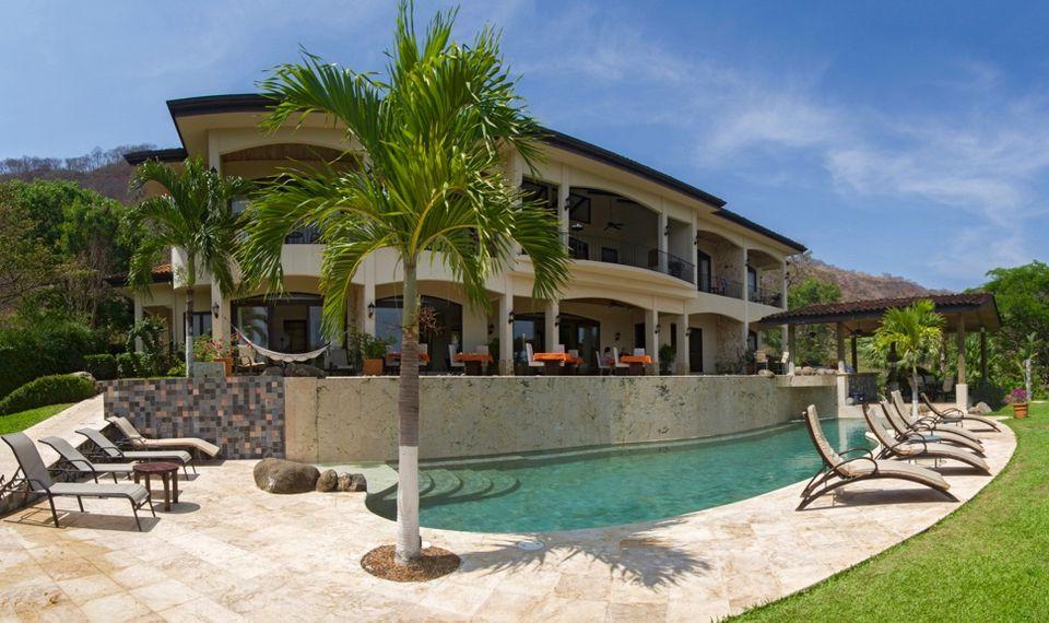 Villa Buena Onda boutique hotel in Costa Rica
