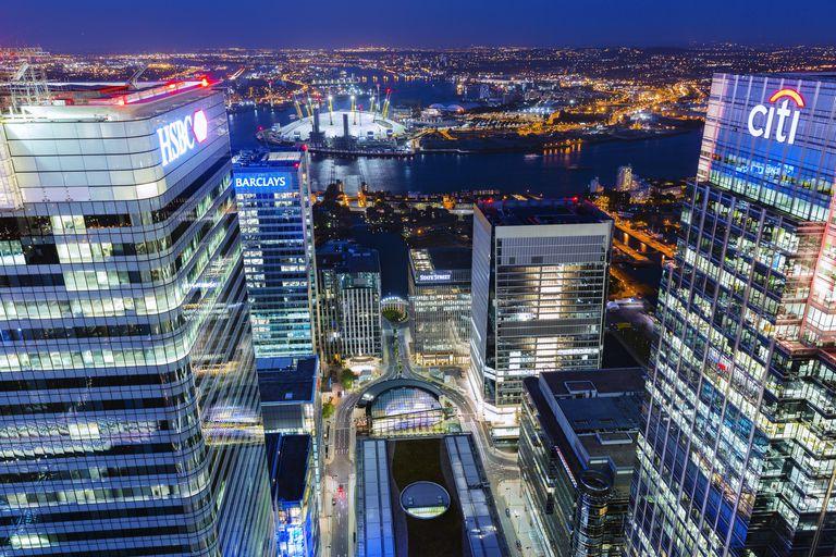 Canary Wharf night view
