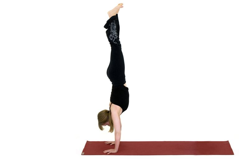How to Do a Yoga Handstand