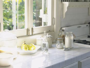 Kitchen Countertops - Popular Ideas and Pictures