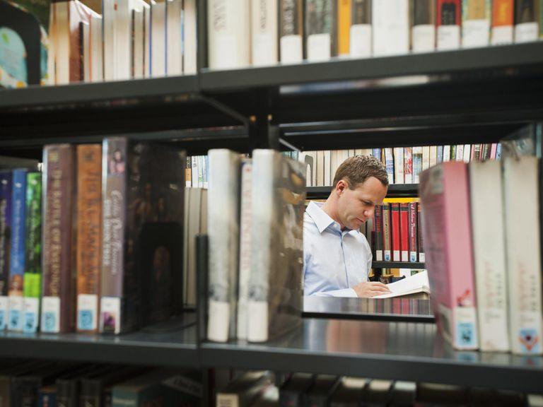 USA, Utah, Salt Lake City, Man researching library