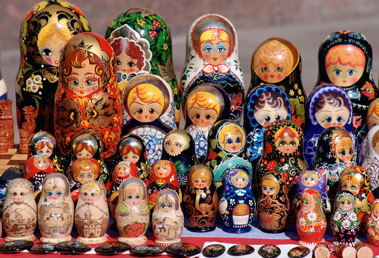 russian culture facts for heritage and traditions  cultural tradition russian babushka dolls on display in a market in st petersburg russia