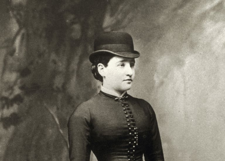 Anna O.