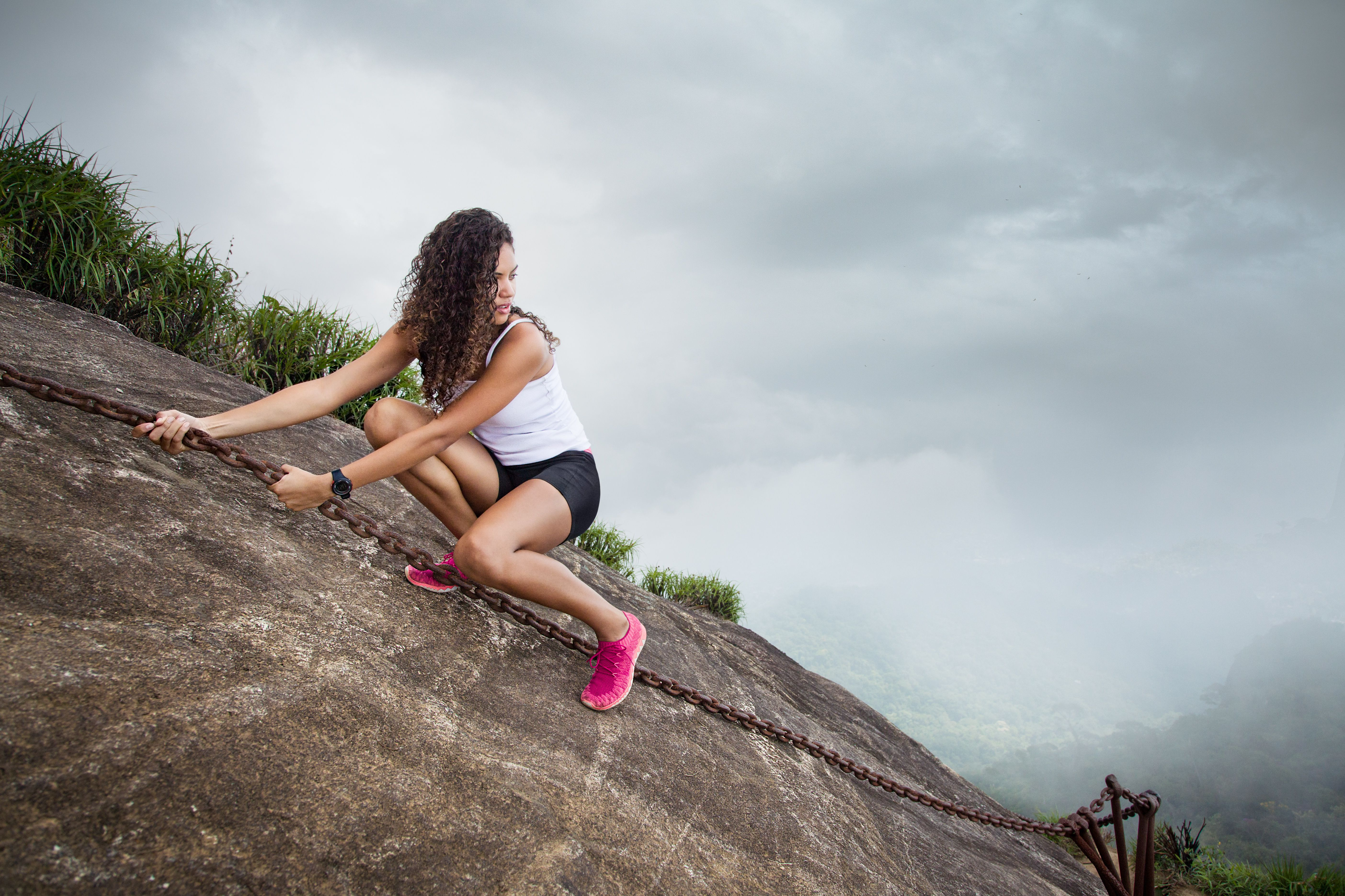 methods of treating acrophobia Fear of heights (acrophobia) treatment there are many ways to treat phobias,one very effective method is called systematic desensitization.