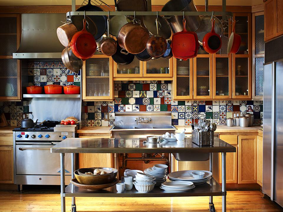 Divide your kitchen into zones