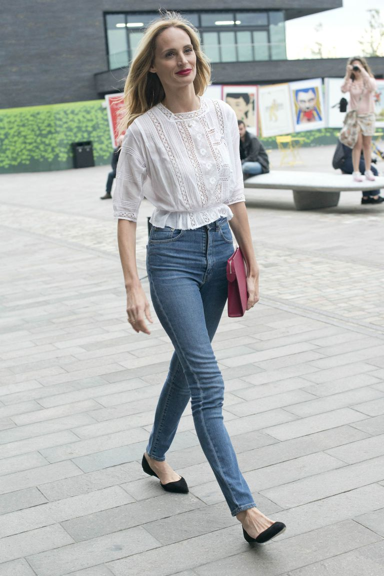 Street style star Lauren Santo Domingo in high rise jeans